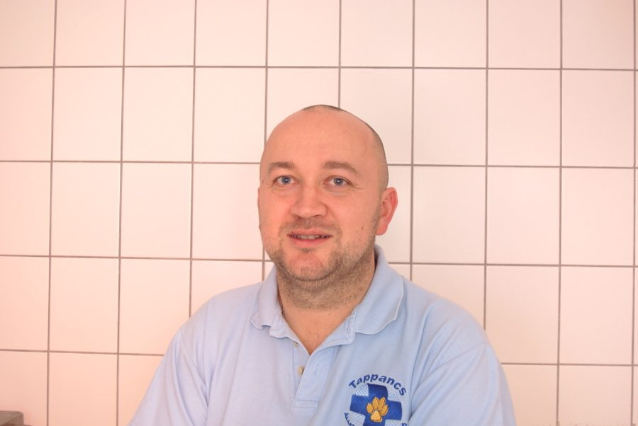 DR. TAMÁS LIPTHAY